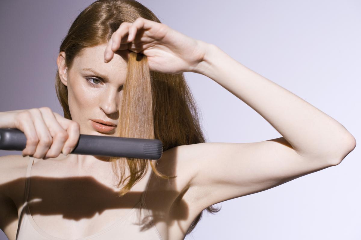 5 Errores comunes que debes evitar al usar tu plancha para pelo
